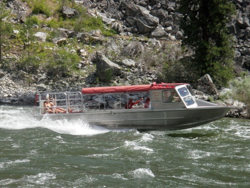 jet boat scenic wilderness tours